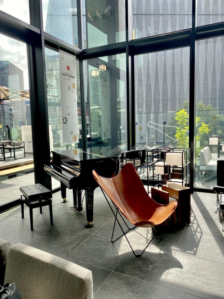 Modern and Contemporary HotelUrban Chic Style at Gate Hotel Ginza
