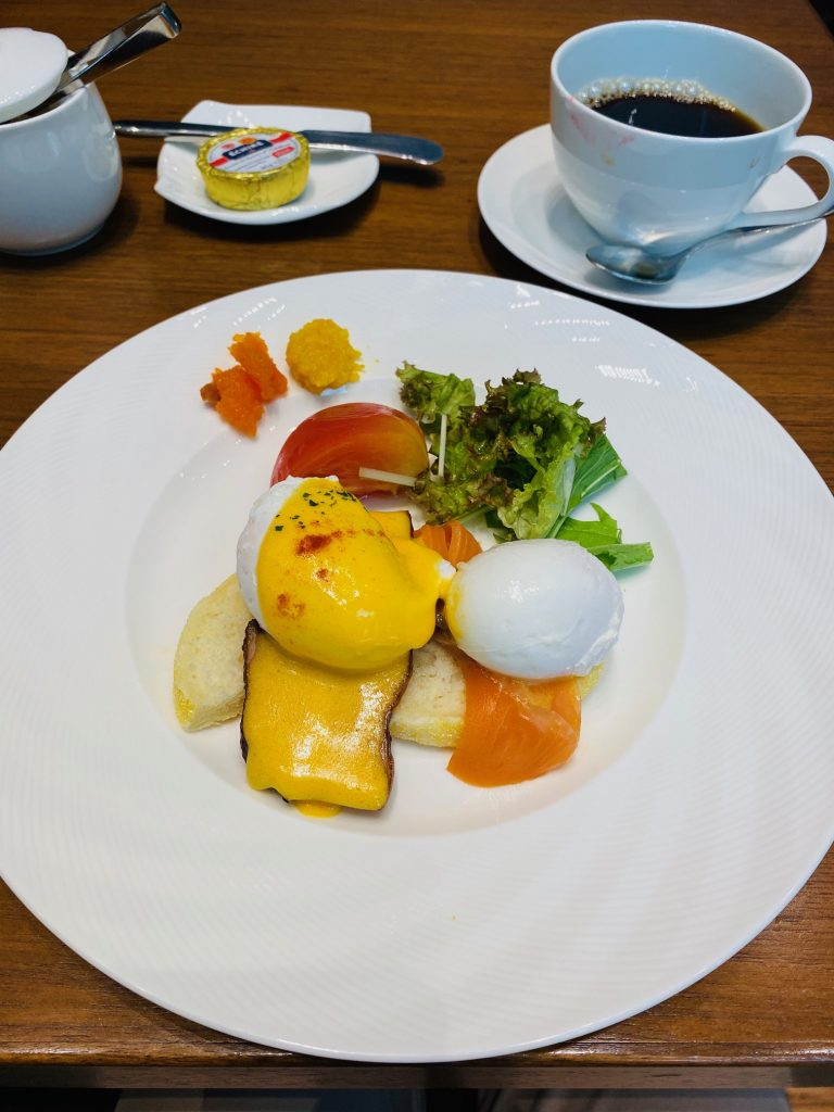 Eggs Benedictine on menu